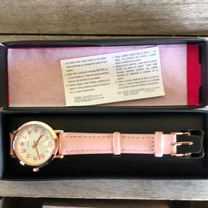 AVON Pink faux leather band watch w/rose gold tone